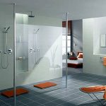 מקלחון מחיצה עשוי זכוכית
