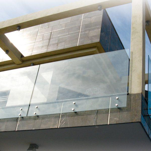 מחיצה דגם מאנט למרפסות